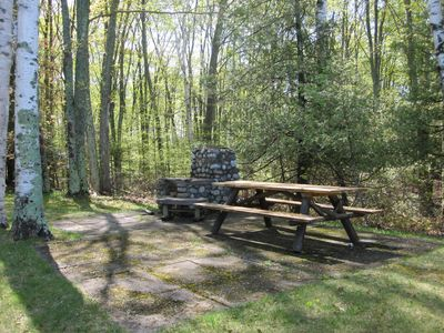 Torch Lake cottage rental - Picnic and grilling area.