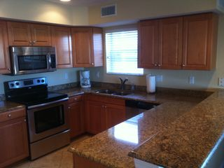 Indian Rocks Beach condo photo - Kitchen