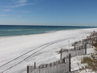 Santa Rosa Beach townhome photo - Beautiful, white sand beach