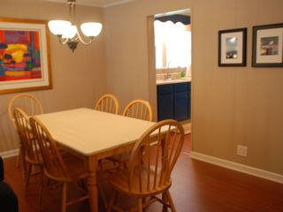 Dauphin Island cottage photo - Dining area seats six