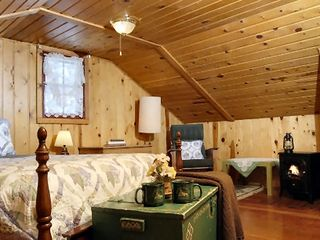 Colorado Springs lodge photo - Colorado Honeymoon Cottage near Colorado Springs