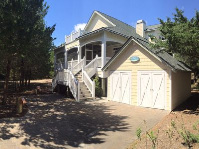 Steal Away To A Relaxing Dune Ridge Home Just Seconds From Wide Open Beaches