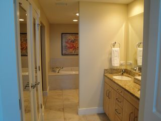 Gulf Shores condo photo - MASTER BATH