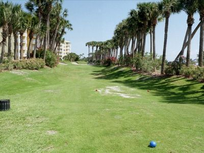 Par-3 Executive golf course, one of many amenities you will have access to FREE