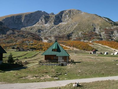 Zabljak / Durmitor chalet rental - Stunning location yet close to ski road oct-12