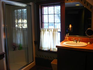 Alna house photo - Master Bath