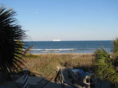 #1 Beach house direct beach access- Simply walk out the backdoor for paradise