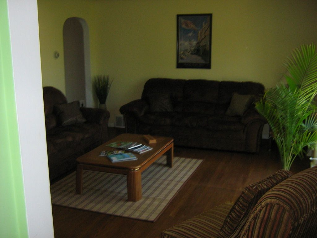 Pet friendly lakeside cottage close homeaway muskegon for Muskegon cabin rentals