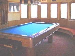 Campton house photo - Pool table in loft