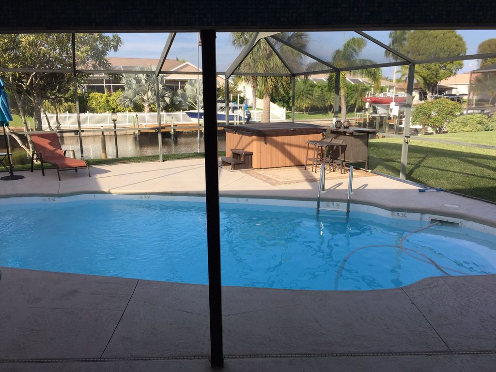 Sunny Side Up Cape Harbour Area Waterfront Pool Home Close To 1224390