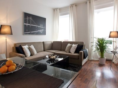 South Kensington apartment rental - Elegant Living Room