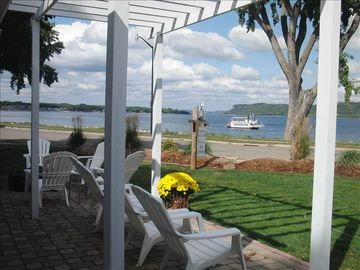 Lake City - Lake Pepin house rental - The view truly is Amazing!