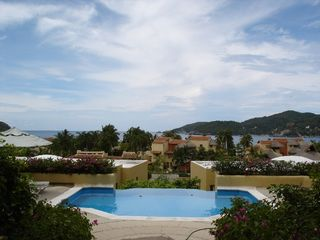 Zihuatanejo condo photo - Condo Swimming Pool Overlooking the Bay
