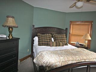 Lake Placid house photo - First Master Bedroom with King size bed and Flat screen TV