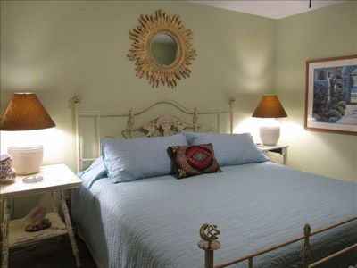 Port Aransas condo rental - Beachy chic bedroom has new king sized bed and television!