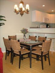 Vacation Homes in Ocean City townhome photo - Dining Room