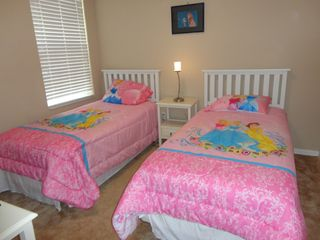 Oakwater townhome photo - Third bedroom (with girl's theme)