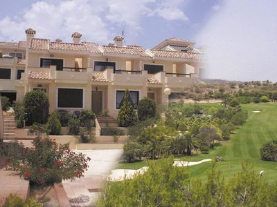 Luxury fully air-conditioned in all rooms house set on a golf course with views