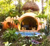 Adobe-style Dome Home In A Lush, Rainforest Setting 3 Minute Walk From The Beach