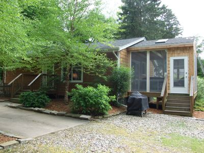 Charming Cottage with Cedar Shakes, Big Screen Porch, Steps from Clear Lake!