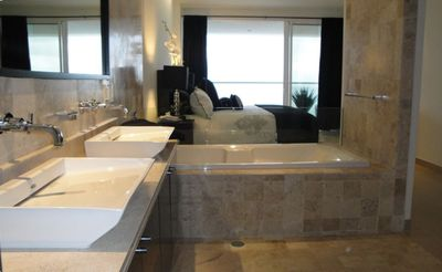 Master Bath: His & Her sinks