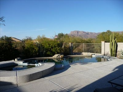 Heated Private back yard pool with Spa/Hot tub