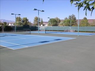 St. George condo photo - 3 very nice tennis courts, they're free, but requi