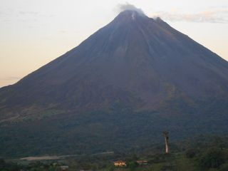La Fortuna chalet photo - Volcano Arenal, just 7 km away