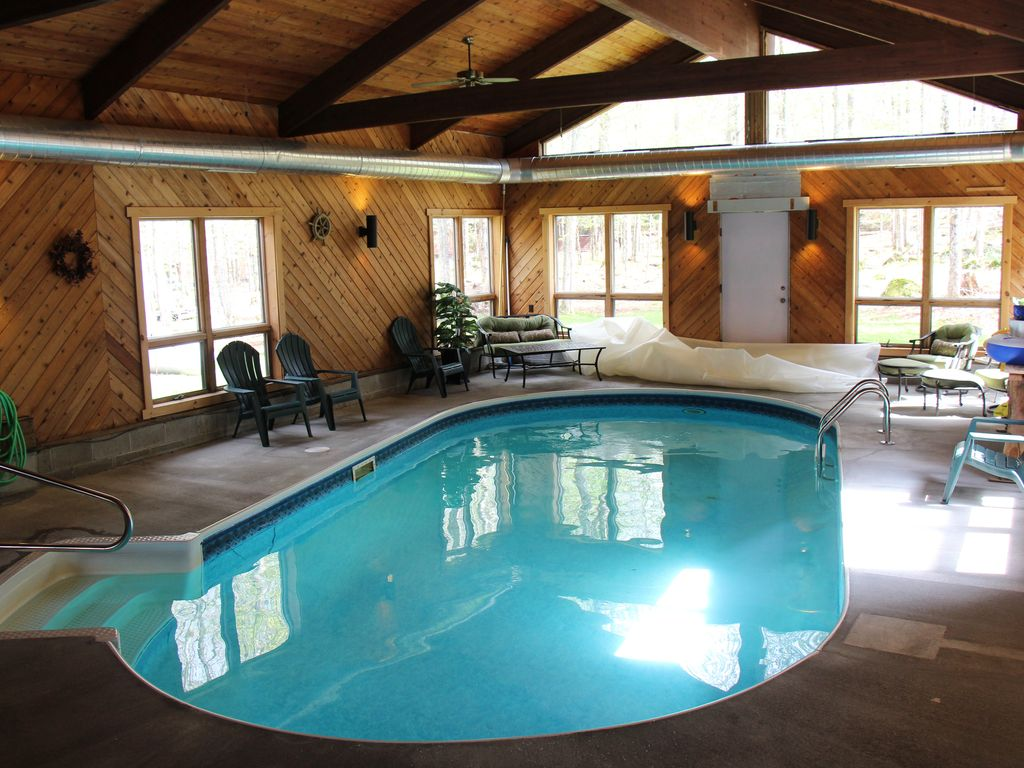 Deer meadow adirondack ranch with indoor pool - Holiday homes with indoor swimming pool ...