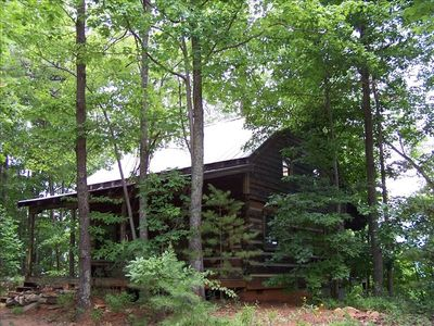 Mountain log cabin on 3.7 wooded acres