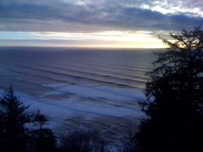 winter waves overlooking Manzanita.