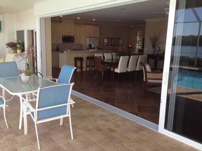 Vacation Homes in Marco Island house rental - Living area opens up to lanai