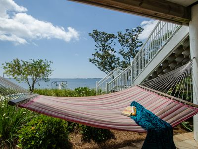 Ahh... a hammock, a good book, and a sea breeze.