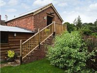 THE BREWHOUSE, pet friendly, with a garden in Bridgnorth, Ref 19153