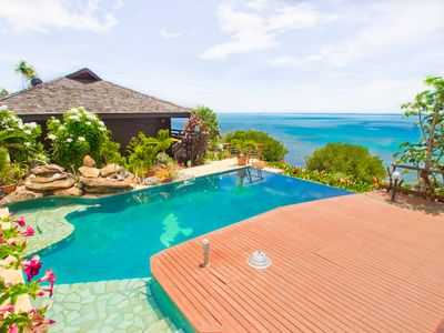 Romantic oceanfront villa with infinity pool and gardens!