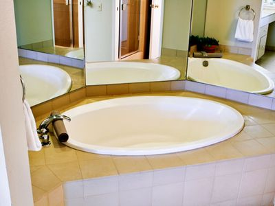 Luxurious Bathtub of a One Bedroom Unit at the Marquis Villas Resort