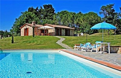 Popular holiday home for 6 persons with swimming pool in Siena
