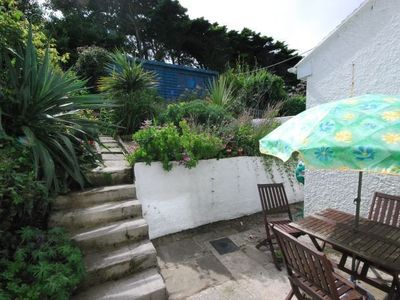 St Ives house rental - Luscious tropical back garden, sheltered and private.
