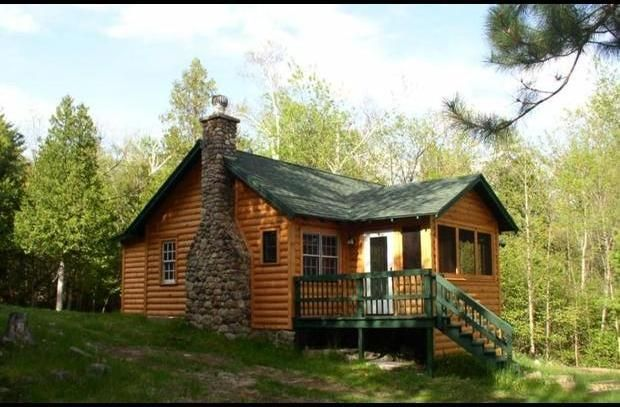 Book your next vacation for fall winter now vrbo for Wilmington ny cabin rentals