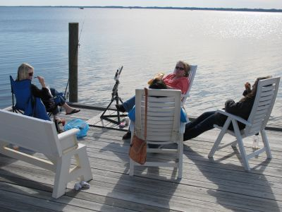 Fishing, crabbing, floating on the bay..SUP boarding, relaxing..it's all yours!!