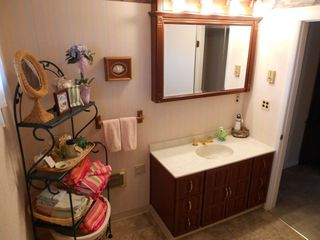Vermilion house photo - Full bath with soaker tub