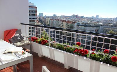QUAD AVENUE 2BR 2BA, 2 Balconies, Garage, A.C. (Cold or heat), with city view