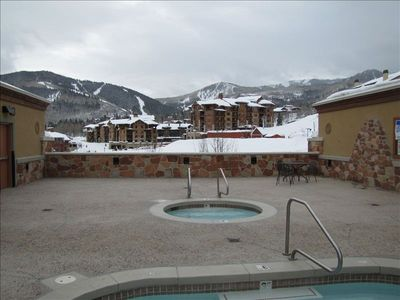 Hot Tub and Plunge Pool located on 3rd floor of Sundial breezway