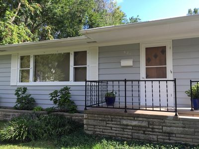 Family friendly, close to downtown and restaurants , quiet neighborhood