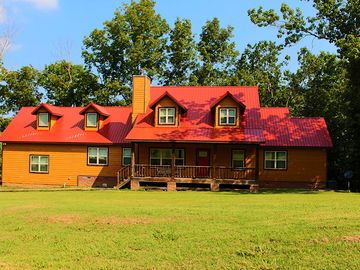 Fayetteville lodge rental - Main House - The Lodge at Winslow