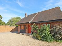 Luxury detached cottage in countryside location Great views