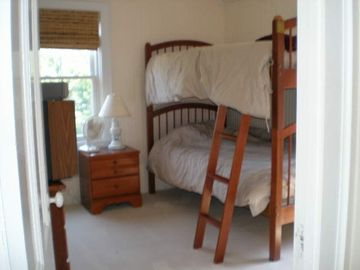Of the four bedrooms 2 with twin beds.