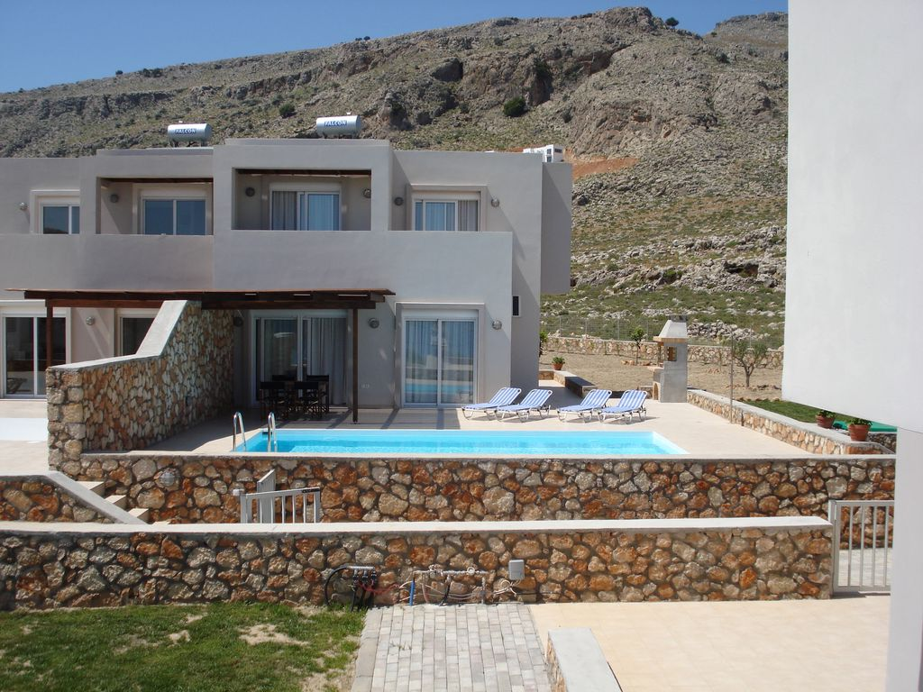 Air-conditioned accommodation, 95 square meters, close to the beach