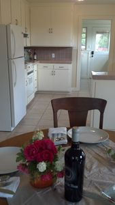 Sonoma cottage rental - Garden house kitchen