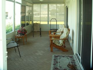 Okeechobee house photo - Closed in patio